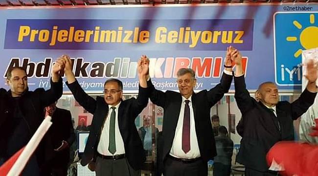 İYİ Parti den Gövde Gösterisi