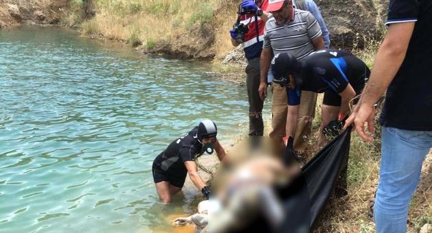 9 Çocuk Babası Şahıs Beline Bağlı Taşlarla Baraj Gölünde Cesedi Bulundu