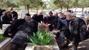 Abdullah Balak mezarı başında anıldı - Videolu Haber