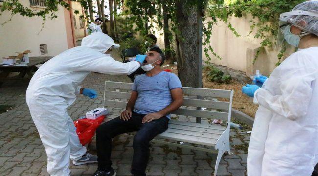 Adıyaman'da Berber, Kuaför Ve Güzellik Salonu Çalışanlarına Koronavirüs Testi