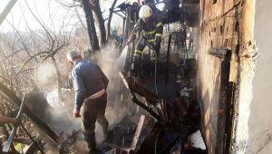 Adıyaman'da bodrum yangını korkuttu - Videolu Haber