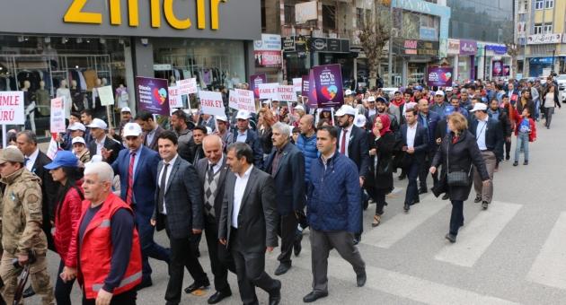 Adıyaman'da 'Dünya Otizm Farkındalık Günü' Korteji Yürüyüşü Düzenlendi - Videolu Haber