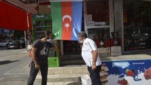 Adıyaman'da esnaflardan Azerbaycan'a bayraklı destek - Videolu Haber