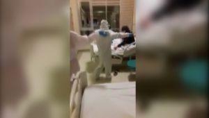 Adıyaman'da Hemşirelerden Karantina Hastalarına Halaylı Moral - Videolu Haber