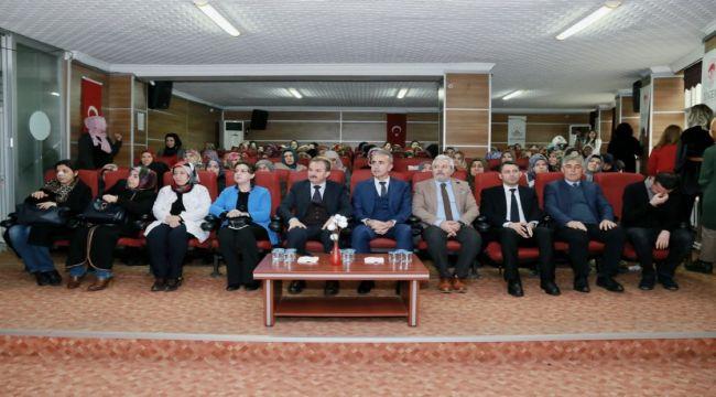 Adıyaman'da 'Kadına Şiddet ve Aile İçi İletişim' Konferansı