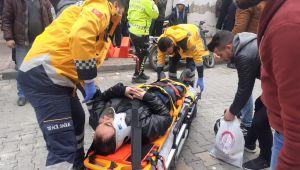 Adıyaman'da Minibüs İle Motosiklet Çarpıştı: 1 Yaralı