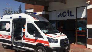 Adıyaman'da minibüs ile motosiklet çarpıştı: 2 yaralı - Videolu Haber