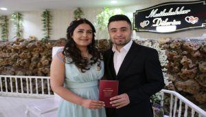 Adıyaman'da Nikah Salonlarında Sevgililer Günü Yoğunluğu