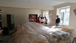 Adıyaman Üniversitesi Öğrencileri, Köy Okulunu Boyadı