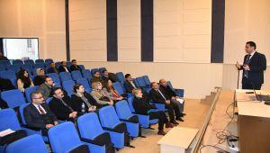 """Adıyaman Üniversitesinde """"Nezaket ve Protokol Kuralları"""" Eğitimi"""