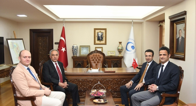 Adıyaman Vali Yardımcıları, Rektör Turgut'u Ziyaret Etti