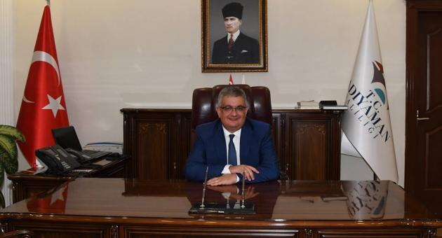 Adıyaman Valisi Aykut Pekmez'den 10 Nisan Polis Haftası Mesajı