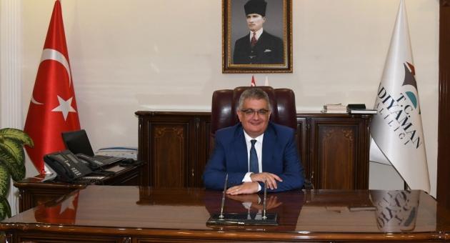 Adıyaman Valisi Aykut Pekmez'in YKS Mesajı