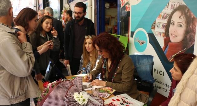 Adıyamanlı Yazarların, İmza Günü - Videolu Haber