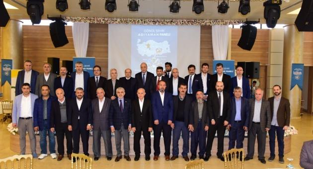 """Adıyamanlılar Vakfı'nın """"Gönül Şehri Adıyaman"""" Paneli Yoğun Katılımla Gerçekleştirildi"""