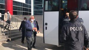 Adliye içinde çıkan kavgada 13 kişi gözaltına alındı - Videolu Haber