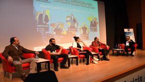 ADYÜ'de Çevrimiçi Gençlik-Dijital Çağda Medya Okuryazarlığı Forumu