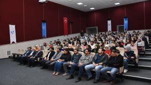 ADYÜ'de 'Kitaba Çağrı Sınavında İnsan' Konferansı