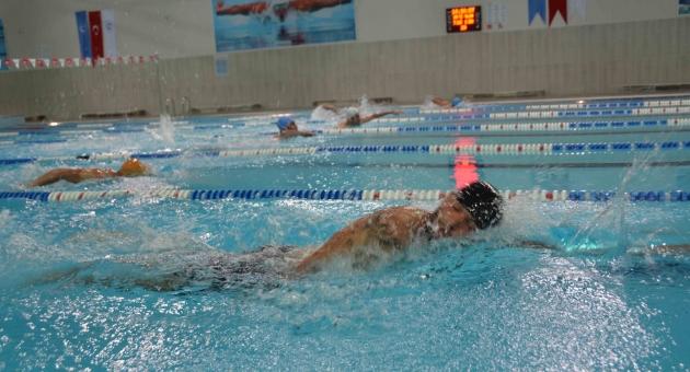 ADYÜ Yarı Olimpik Yüzme Havuzu Açıldı