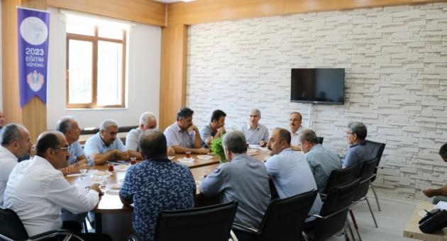 Ahmet Alagöz, İlkokul Müdürleriyle Bir Araya Geldi
