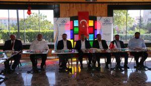 AK Parti Adıyaman heyeti gazetecilerle gündemi değerlendirdi - Videolu Haber