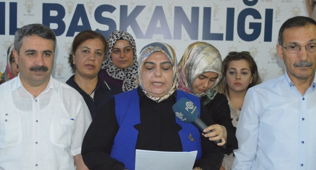 AK Parti Adıyaman Kadın Kolları, Srebrenitsa Soykırımı'nı 24. Yılında Andı - Videolu Haber