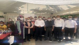 AK Parti Kadın Kolları'ndan Kızılay'a kan bağışı