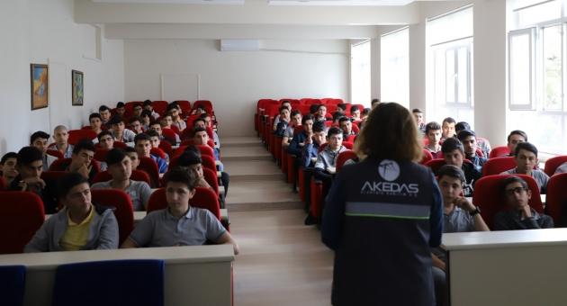 AKEDAŞ İş Sağlığı Ve Güvenliğini Adıyaman'da Meslek Liselerinde Ağırlandı