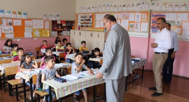 Alagöz'den, Mehmet Akif İlkokul Ve Ortaokuluna Ziyaret