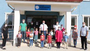 Alagöz'ün köy okullarına ziyareti sürüyor