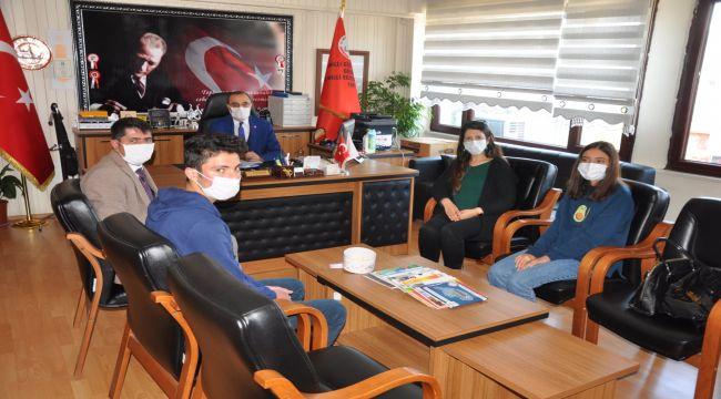 Atık yağlardan sabun üreten öğrencilerden Özdemir'e ziyaret