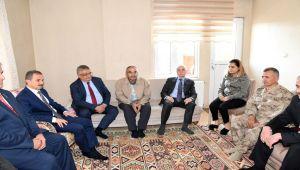 Bakan Yardımcısı Erdil'den Şehit Aileleri ve Gazilere Ziyaret