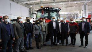 Başak traktör ve MST iş makinaları Gap Tarım Fuarı'nda