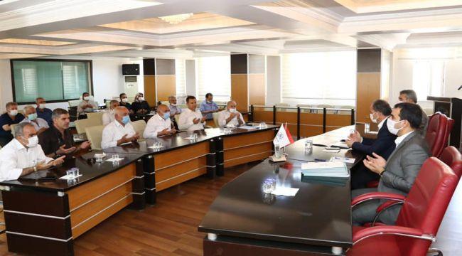 Başkan Kılınç'tan 'Muhtarlar Akademisi' mezunlarına sertifika taktimi