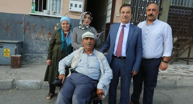 Başkan Şahin'den, Engelli Çifte Tekerlekli Sandalye Yardımı