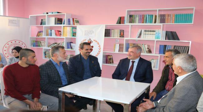 Başkan Turanlı'dan Kitap Kafe'ye Ziyaret