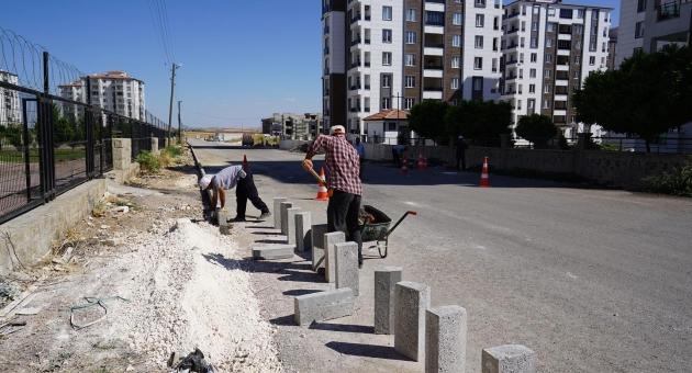 Belediyenin Kaldırım Ekipleri Altınşehir'de