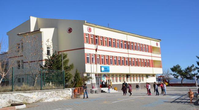 Besni'de 76 Firmanın Desteğiyle Tüm Okul Yenilendi