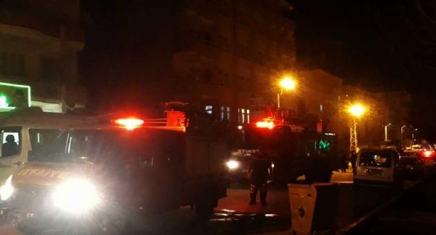 Besni'de Evde Çıkan Yangın Paniğe Neden Oldu