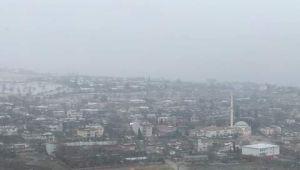 Besni'de Kar Yağışı Başladı