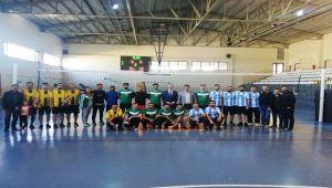 Besni'de Öğretmenler Günü Voleybol Turnuvası Başladı