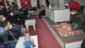 Besni'de öğretmenlere ilk yardım kursu verildi