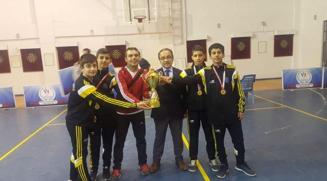 Besni'de Okulların Sportif Başarısı Göz Dolduruyor