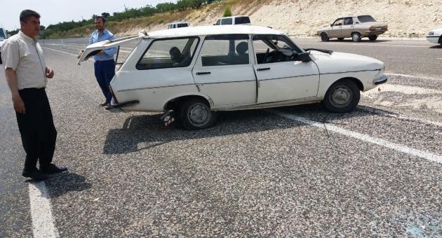 Besni'de Otomobil Devrildi: 1 Yaralı