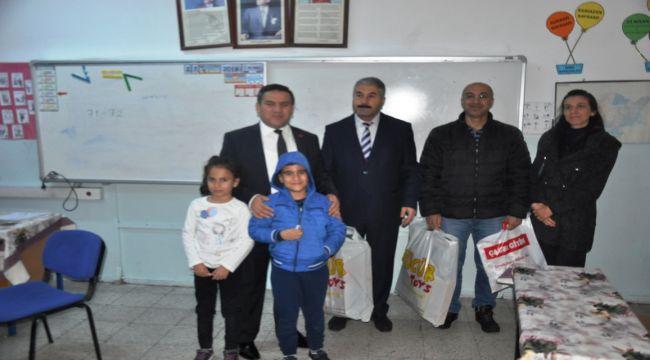 Besni Kaymakamı İmamoğlu Okulları Ziyaret Etti