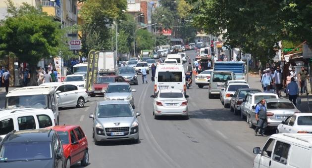 Besni'nin Kanayan Yarası Trafik Sorunu Çözüm Bekliyor