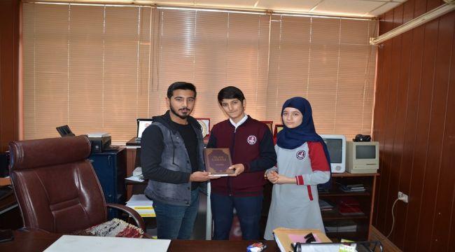 Besni Şehit Mehmet Yağmur Lisesinden Esnafa Ücretsiz Kur'an-ı Kerim