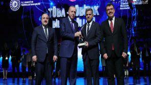 Besnili Prof. Şahin TÜBİTAK Bilim Ödülünü Aldı