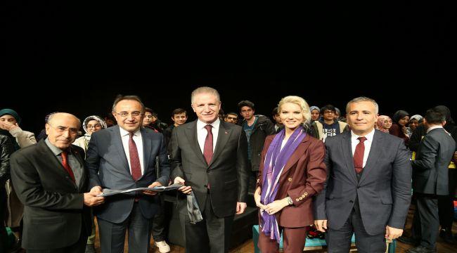 """Büyükşehir'den """"Şühedanın Emaneti Gaziantep"""" Söyleşisi"""