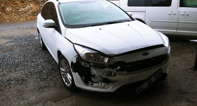 Çelikhan'da 2 Otomobil Kafa Kafaya Çarpıştı: 2 Yaralı